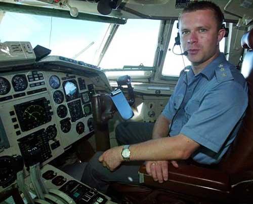pr61889,1273735748,pilot_arkadiusz_protasiuk